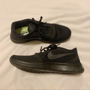 Women's Nike Free Run ALL Black